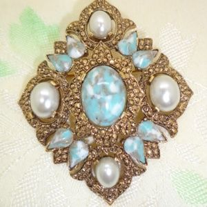 Vintage Sara Coventry Turquoise and Pearl Brooch